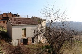 Panoramic position, 20sqm terrace, detached stone 5 bedroom house with garden and garage.