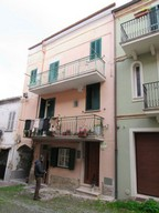 Lanciano, Abruzzo. 2 bedrooms. Duplex apartment in the historic center.