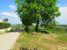 Building land of 1200sqm for a 100sqm Villa with sea and mountain view
