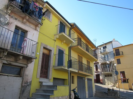 Recently renovated, 2 bed, garage town house in typical Italian town1