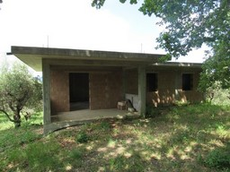 Detached, isolated, new build with 4500sqm of olive grove, mountain views, 1km to the town1
