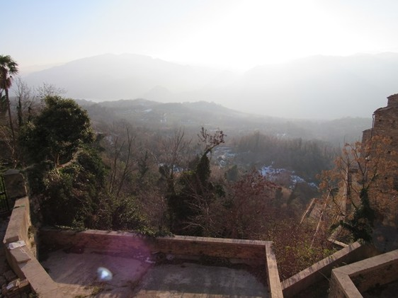 Three floor apartment of 200sqm with mountain views. 1